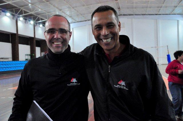 Maurício Bara e Chiquita aguardam definição do campeonato estadual.