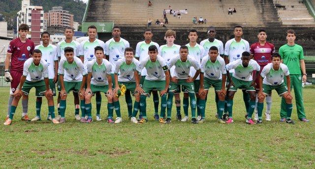Com a vitória, Sport chega aos sete pontos na classificação e ainda sonha alto no Mineiro Juvenil. (Foto: Renato Gomes)