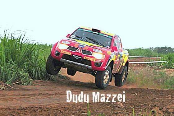 A dupla campeã, no registro de Dudu Mazzei Fotos