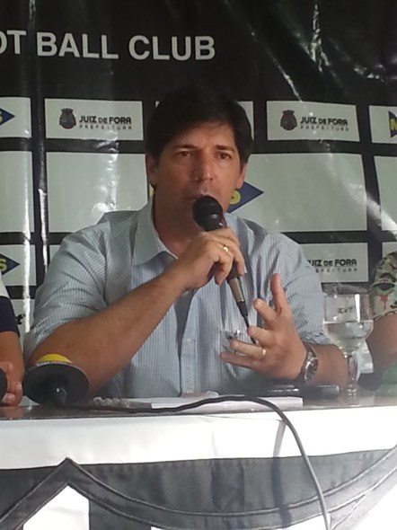 Gottardo assume compromisso de fazer o melhor pelo clube em 2014 (Foto: Toque de Bola)