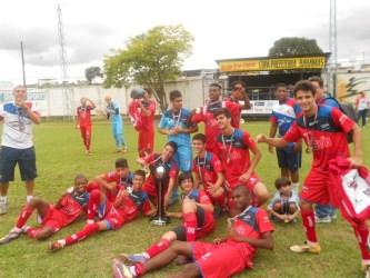CF Zico conquista título infantil da Copa Prefeitura Bahamas