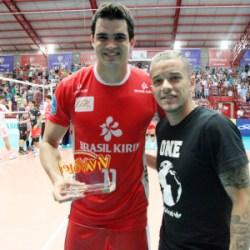 Vôlei Brasil Kirin é primeiro semifinalista da Superliga. Canoas dá adeus em casa