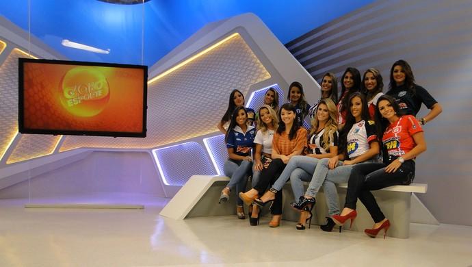 Musas do Mineiro conhecem os estúdios da TV Globo Minas e a apresentadora Maíra Lemos. (Foto: Mauricio Paulucci)