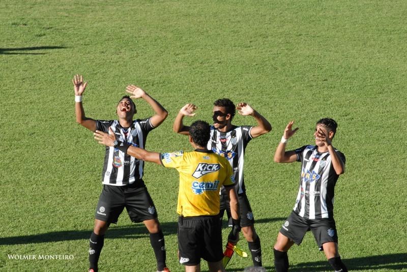 Última comemoração do Tupi no Estádio Mário Helênio foi o gol diante do Guarani, pelo Campeonato Mineiro. E contra o Flu, a rede balança?