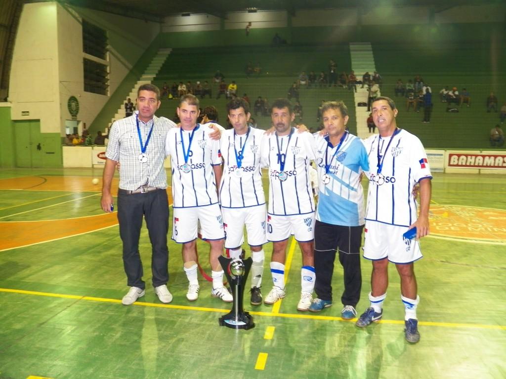 Integrantes do Esporte Clube Jardim Glória chegaram a estar vencendo a partida em duas oportunidades, mas sofreram a virada no fim