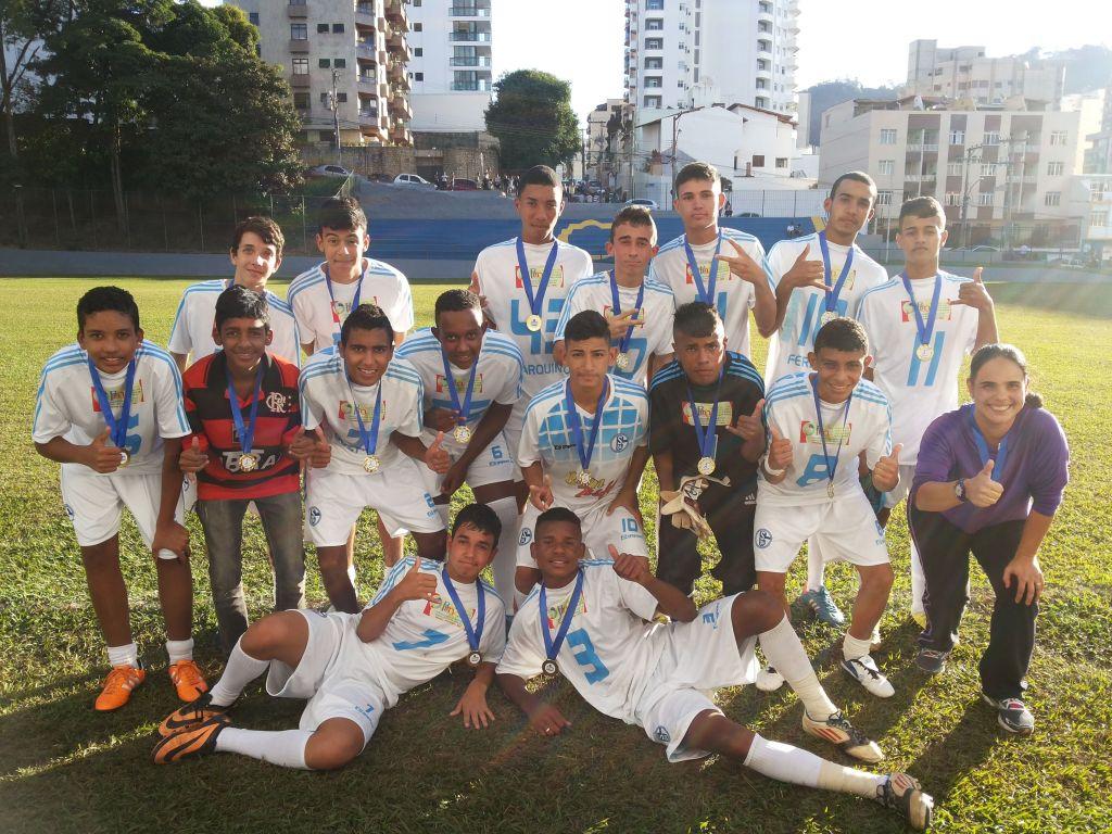 Escola Estadual Hermenegildo Vilaça foi campeã na categoria juvenil