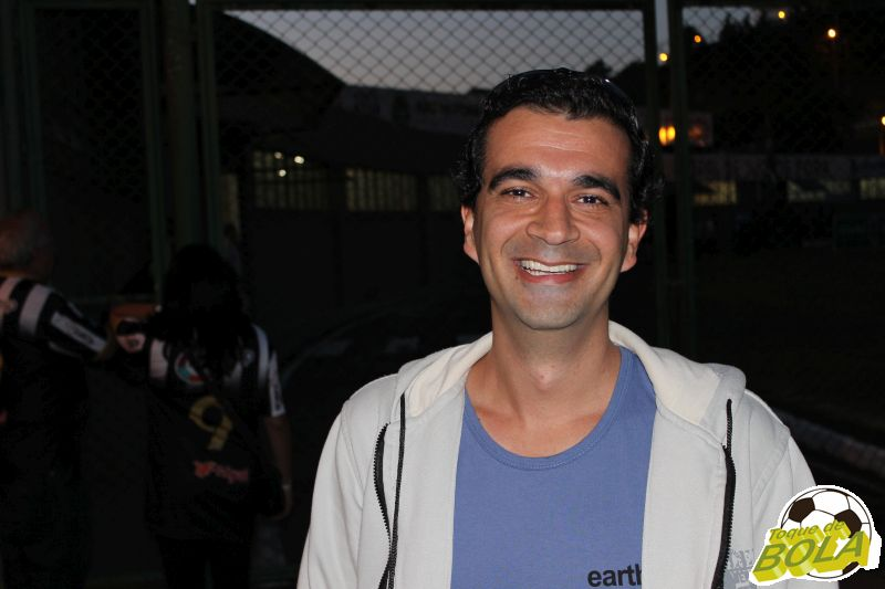Anderson Gonçalves de Souza, o cover do Fred, compareceu no Helenão e aposta que o Tupi consegue chegar na Série B do Campeonato Brasileiro