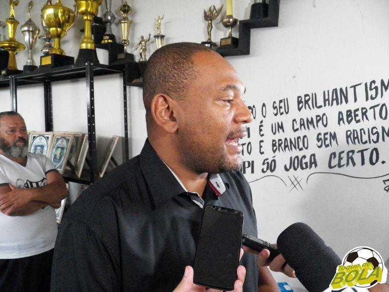 Tupi busca apoio de políticos, tenta patrocínio para jogo de volta e vê Federação Mineira atenciosa