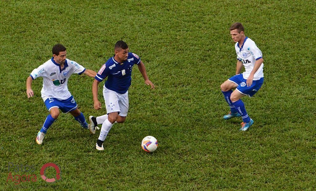 URT até tentou, mas time reserva do Cruzeiro venceu por 2 a 0. (Foto: Patos Agora)