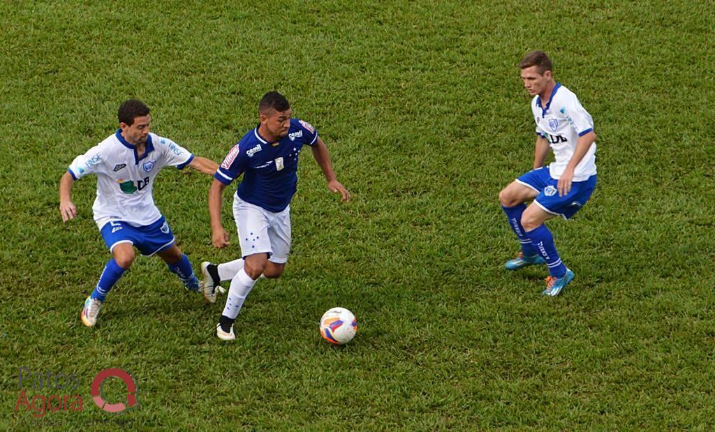 Mesmo vindo de três derrotas, URT revela confiança para superar Tupi e escapar da queda em JF