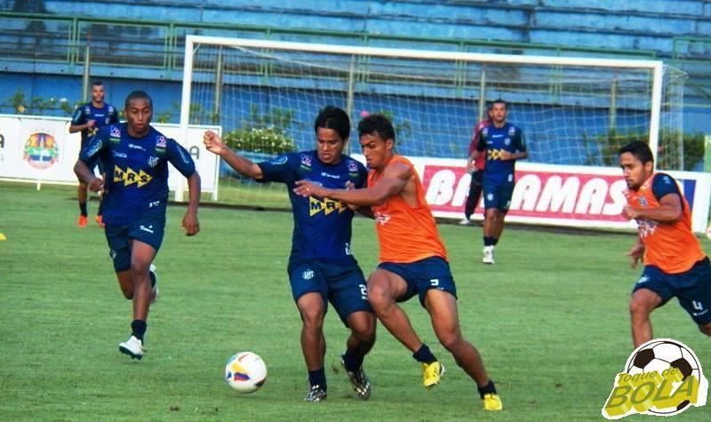 Atacante Daniel Morais é esperança de gols do Tupi contra a URT