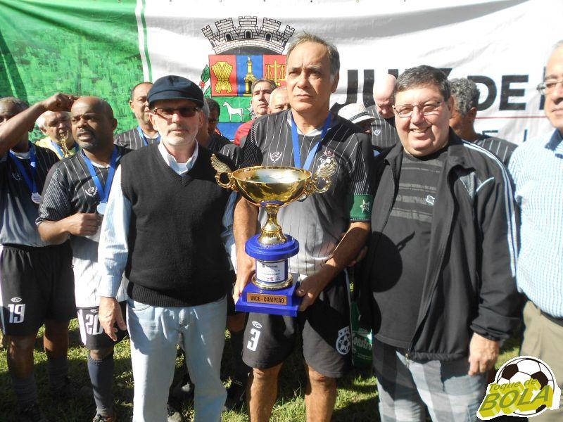 Troféu de vice-campeão sênior