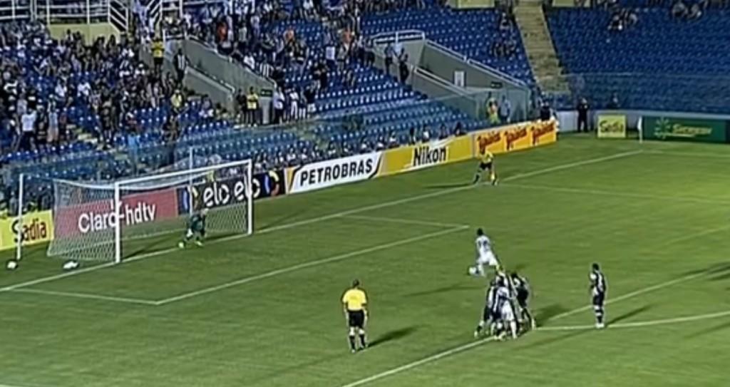 Daniel Morais perde pênalti no início de jogo no PV (Reprodução-Sportv)