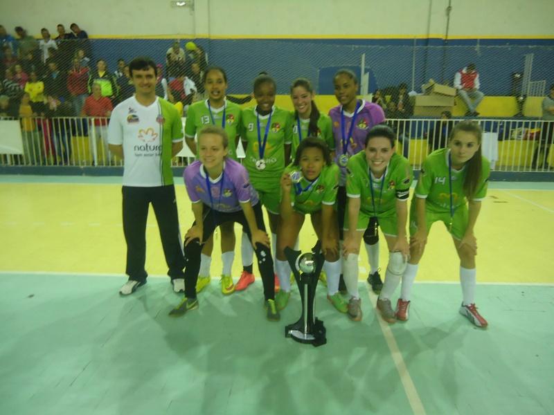 Matias Barbosa: título infanto-juvenil da Copa Prefeitura Bahamas de Futsal 2015