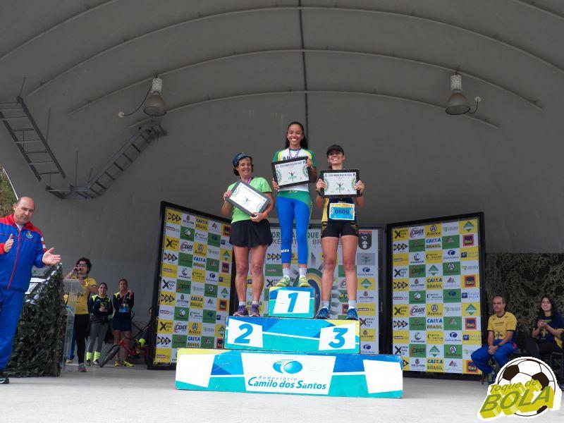Pódio geral feminino da prova de 7 km