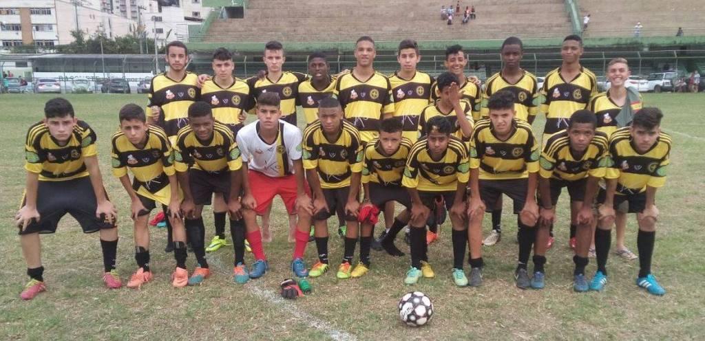 Uberabinha: vice-campeão da categoria juvenil  (sub-17)  da Liga de Futebol de Juiz de Fora