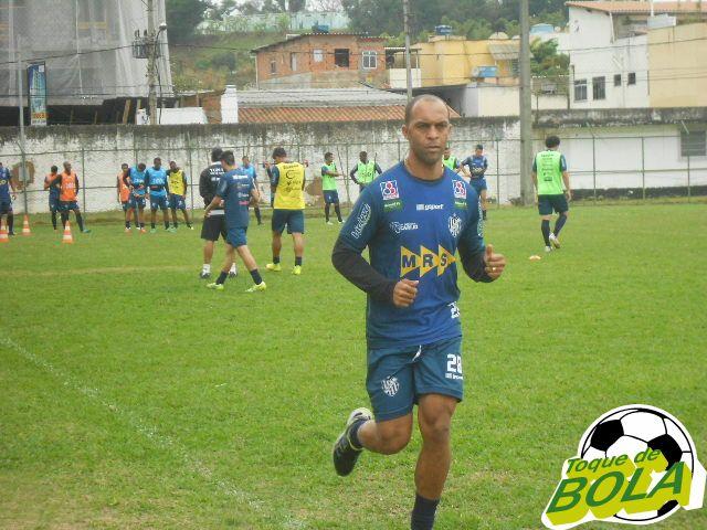 Leandro Euzébio deu voltas no gramado