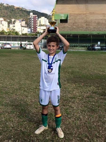Eggon Gabriel, artilheiro sub-11 do Sport na competição de base da Liga: 13 gols em 13 jogos