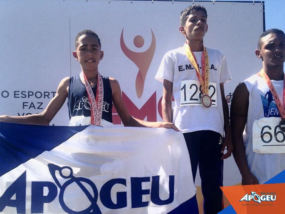 Pedro Oliveira tem apenas 13 anos e vai para sua primeira experiência na competição nacional