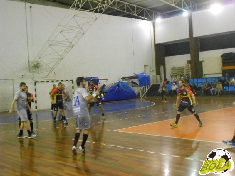 Cerca de 100 pessoas acompanharam a derrota da ADJF para Itajaí no ginásio da UFJF