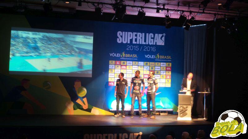 Técnico Cézar Douglas e pontas Lucarelli e Lipe são os destaques do Funvic/Taubaté