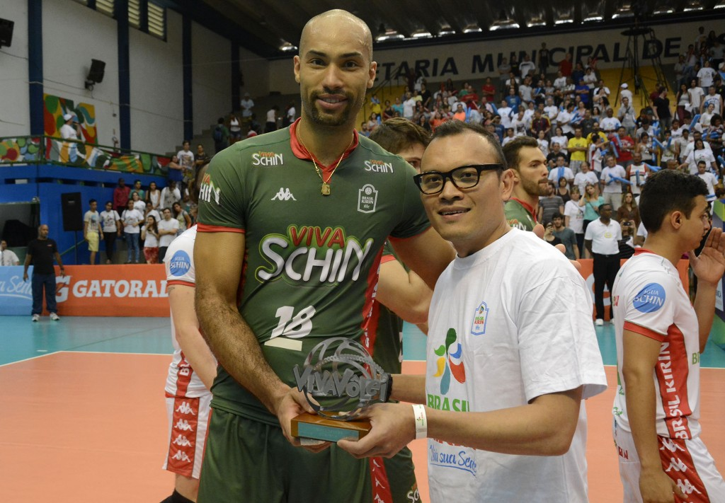 Wallace, do Campinas, foi o primeiro MVP eleito por voto popular da Superliga (Foto: Alexandre Arruda/CBV)