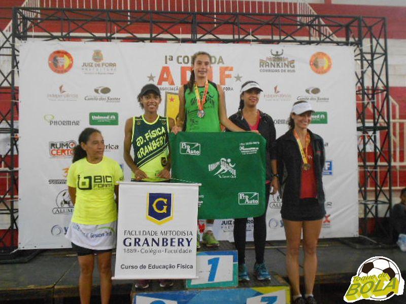 Amanda venceu apertado e se consolidou na primeira colocação da temporada de corridas de rua