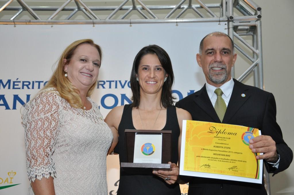 Stopa recebe o Mérito Esportivo Panathlon 2015