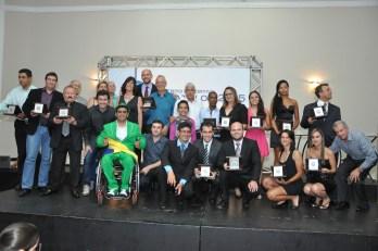 Mérito Esportivo Panathlon 2015: emoção e reconhecimento ao esporte local e regional. Veja fotos