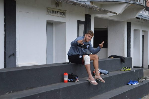 Octávio não joga contra o Criciúma e deve voltar na partida com o Bahia