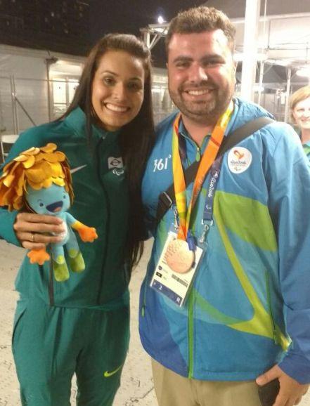 """Medalha """"do Brasil"""" foi para o pescoço de Raphael de Sá (Foto: Acervo pessoal)"""