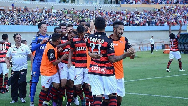 Atlético-GO venceu o clássico e abriu seis pontos de vantagem sobre o vice-líder Vasco