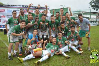 Finais da Copa Bahamas: herói improvável, Bonsucesso e Valadares campeões e festa na arquibancada. Veja fotos