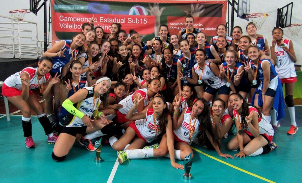 4a60509269 Estadual Sub-15 de Vôlei Feminino em JF  Praia Clube campeão ...