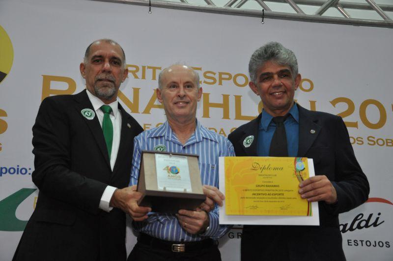 Diretor do Grupo Bahamas - Paulo Roberto Lopes, recebe o Mérito Esportivo Panathlon - Incentivo ao Esporte - por André Castro