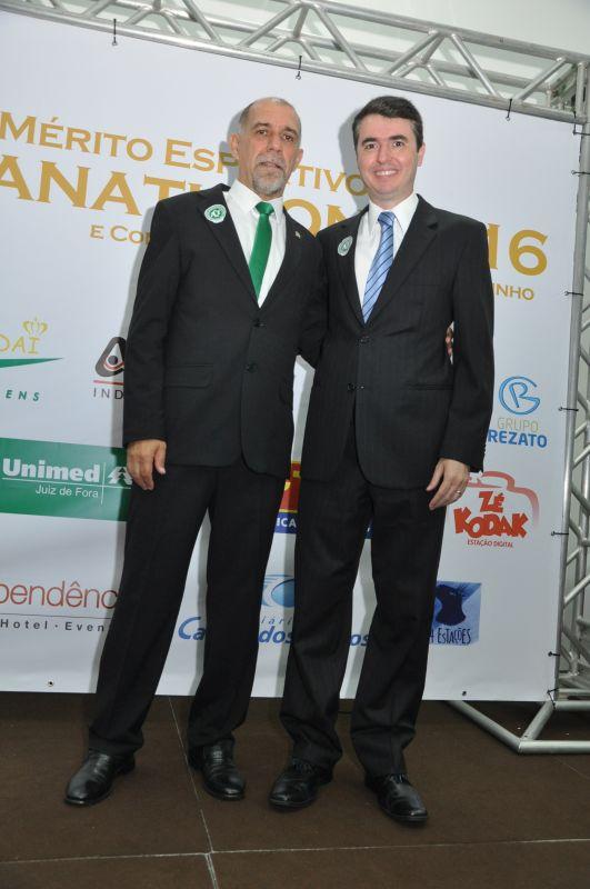 Presidente do Panathlon Club Juiz de Fora, Cláudio Esteves, e o Prefeito reeleito de Juiz de Fora, Bruno Siqueira