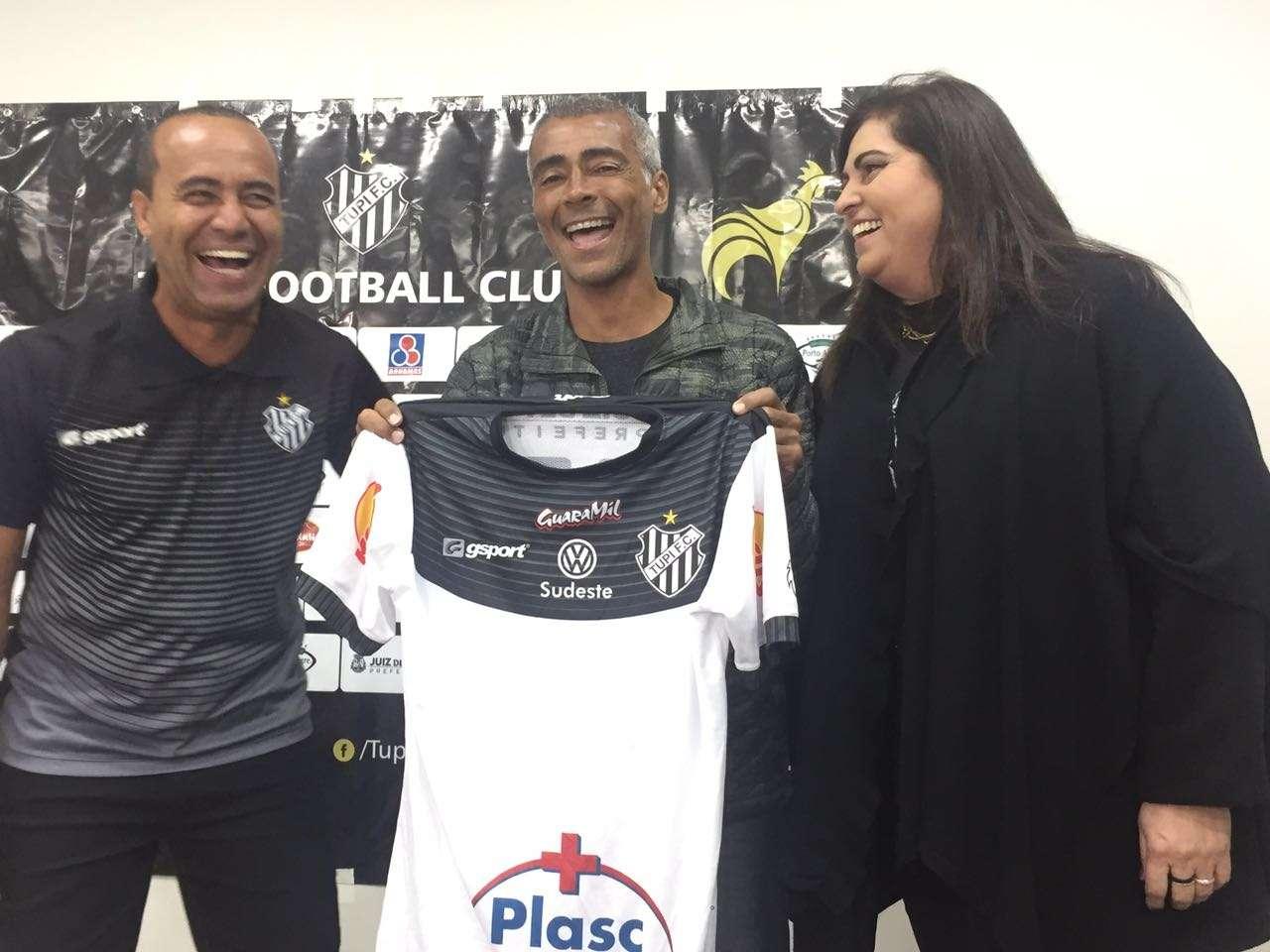 """Romário rouba a cena em JF e Aílton quer """"tirar a pressão"""" sobre Romarinho"""