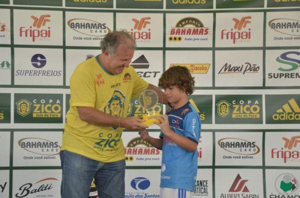 Destaque Sub-9: Hélio Monteiro Lawal – CF Zico