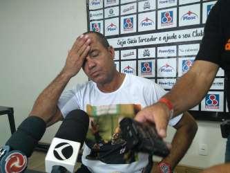 Caiu! Diretoria do Tupi demite Aílton Ferraz após empate com Caldense