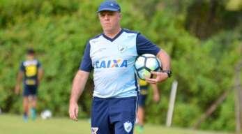 Novo treinador! Paulo Campos assume o Baeta para reta final do Mineiro