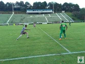 Tudo igual! Tupi e Tombense empatam sem gols no Mário Helênio