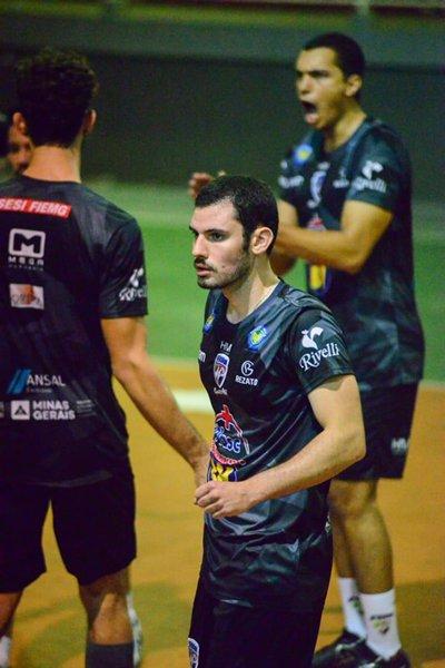 'Maratonistas' JF Vôlei e Vôlei Futuro duelam pela Superliga B