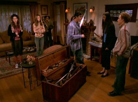 Buffy the Vampire Slayer, Dirty Girls