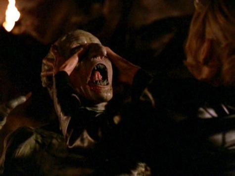 Buffy the Vampire Slayer, Same Time Same Place, Gnarl