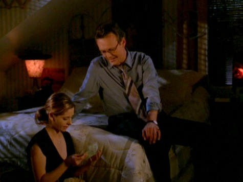 Buffy the Vampire Slayer, Life Serial, Giles