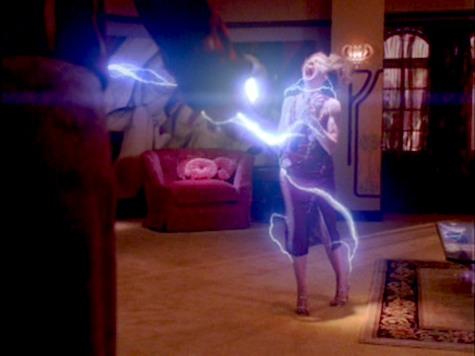 Buffy the Vampire Slayer, Tough Love, Glory