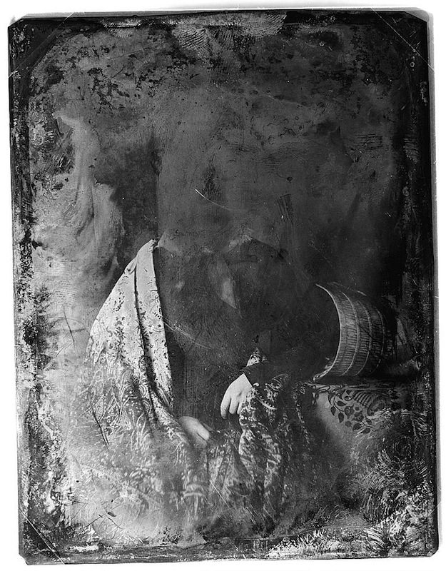 Decayed daguerreotypes as chillingly beautiful ghost art