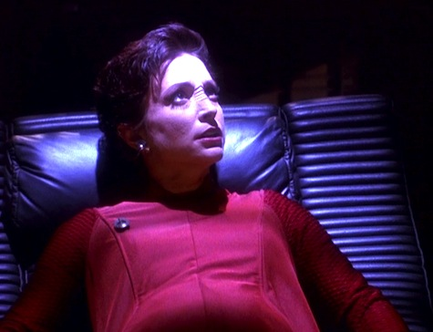 Deep Space Nine, The Darkness and the Light, Kira
