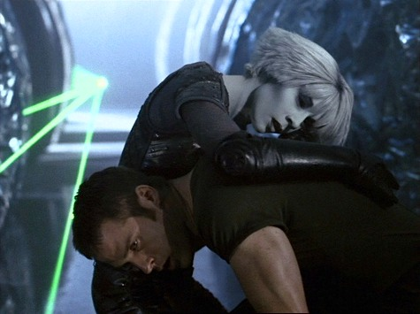 Farscape, Losing Time, Chiana, Crichton