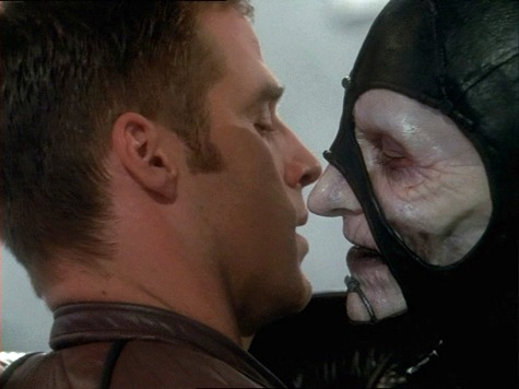 Farscape, Look At The Princess, Part I